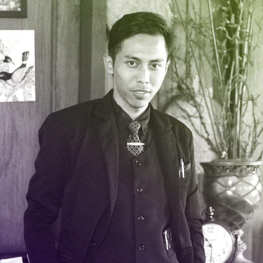 R Anggi Triana Ismail S H